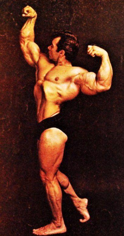 Freddy Ortiz bodybuilder sick physique. Golden Aesthetics