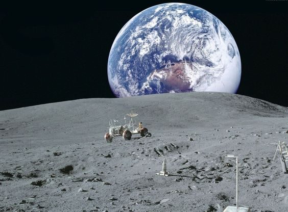 月面から見た地球