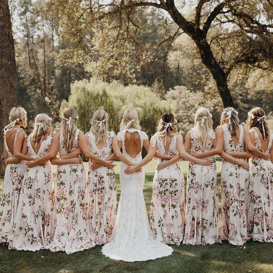 La mariée et ses demoiselles d'honneur 💕