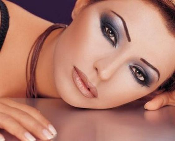 Strong Look With Makeup Ideas For Hazel Eyes