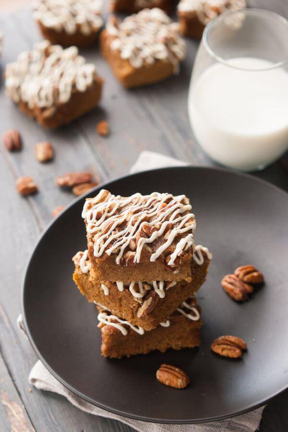 Easy, Gluten-Free Pumpkin Protein Bars Recipe