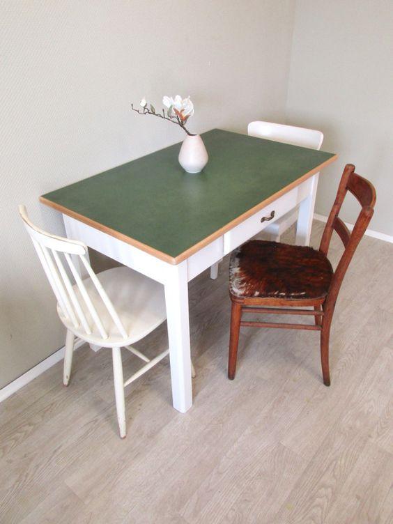 Vorerst letzter Linoleum Tisch in Mintgrün Tischplatte mit - küchentisch mit schublade
