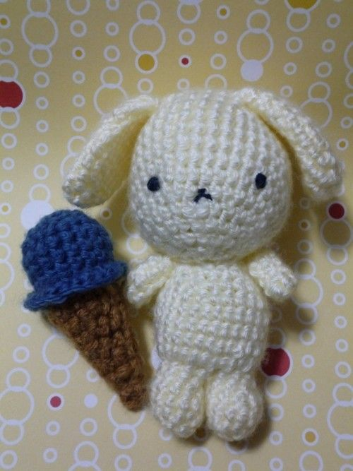 Amigurumi Ice Cream Tutorial : Itty Bitty Ice Cream Cone - Free Crochet Pattern and ...