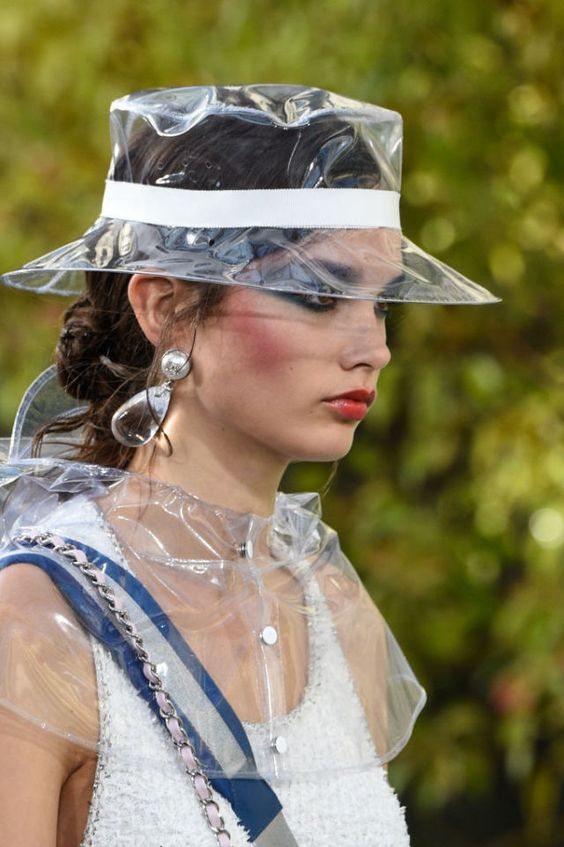 Plastic Is A Thing At Valentino ss18