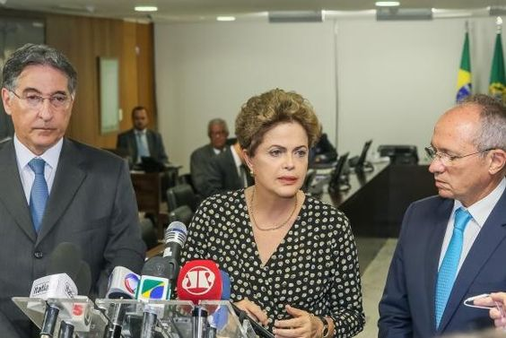 """Presidente disse que """"uma parte muito expressiva"""" da recuperação do rio deverá ser feito pela Samarco"""