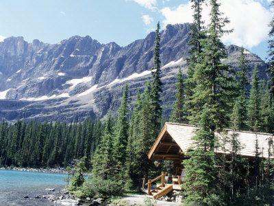 Cabin near lake o 39 hara banff national park alberta for Banff national park cabin rentals