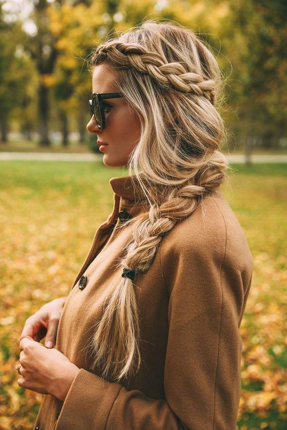 Penteado com trança - Amber Fillerup: