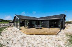 Ferienhaus Mit Schoner Terrasse Direkt An Den Dunen Mit Bildern Ferienhaus Ferienhaus Am Strand Ferien