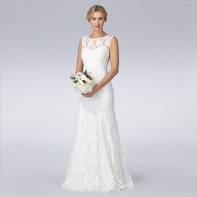If I was getting married, oh man this dress is so beautiful. I nearly cried. Nearly.