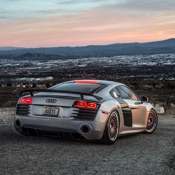 Audi R8 V10 On HRE Wheels