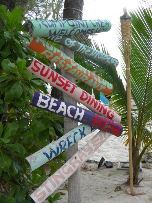 beach sign: