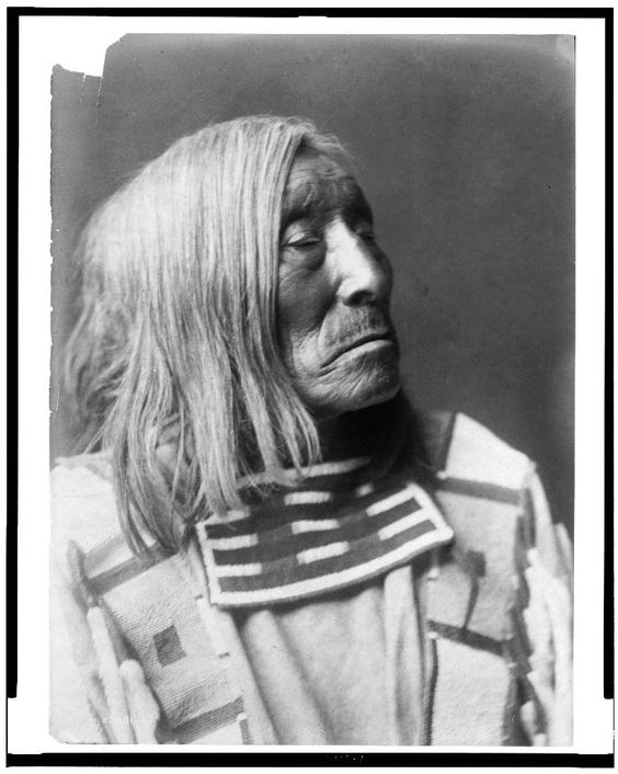 [Lone Tree, an Apsaroke Indian, head-and-shoulders portrait, facing right  1 photographic print.  Contributor:Curtis, Edward S. Original Format:Photos, Prints, Drawings Date:1908