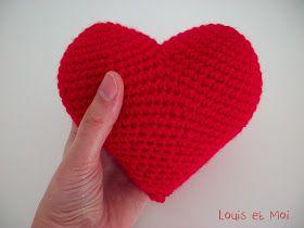 Corazón de Amigurumi - Patrón Gratis en Español aquí: http://louisetmoi.blogspot.com.es/2013/02/corazon-de-amigurumi.html
