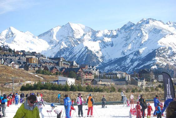 Estación de esquí de Formigal (Aragón). La imagen cedida por Top Sport Holidays ilustra el reportaje 'La dieta de los deportistas' de El Blog de Campos.