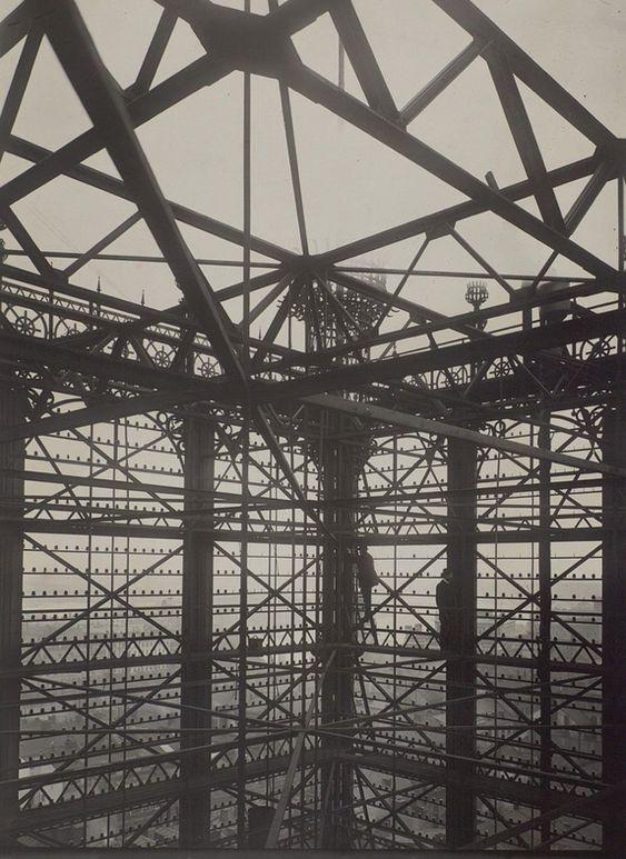 約100年前のストックホルムには5000本もの電話線が繋がれた巨大な塔があった - DNA