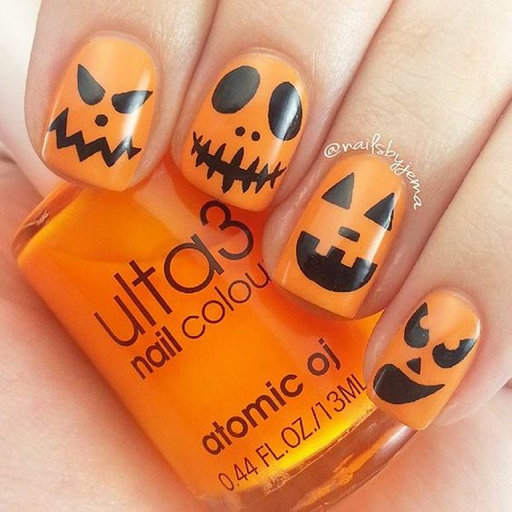 21. Simple Blood Dripping Nails To recreate this nail design, you will need: a white nail polish, a red nail polish and a handful of wooden toothpicks. 22. Scary Pumpkins Spook up your nails with these scary pumpkins!We love the expressions. 23. Cute Design This nail design is a great choicefor those who can't choose …