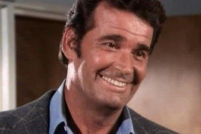 What's your favorite James Garner role? Actor James Garner the US star of ht tv series The Rockford Files & Maverick, and films including The Notebook and The Great Escape, dead at 86 | EpicTimes http://bit.ly/1nZgtkR #death #movie #television