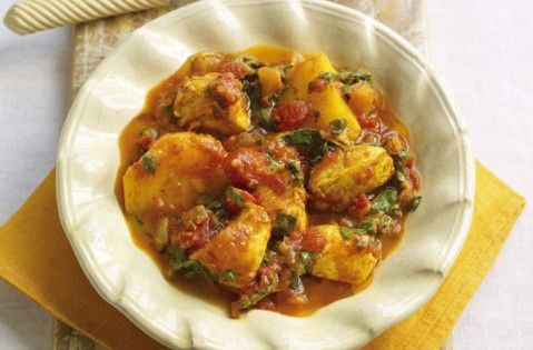 Slimming World's chicken and potato curry recipe #healthyrecipes #weightloss
