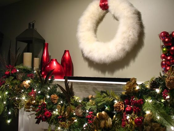 fuzzy wreath? hmmmmm....