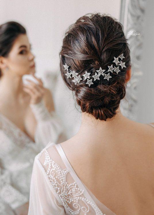 55 Wundervolle Accessoires Fur Die Braut Strahlend Schon Heiraten Haarteile Hochzeitshaarschmuck Hochzeit Haarnadeln
