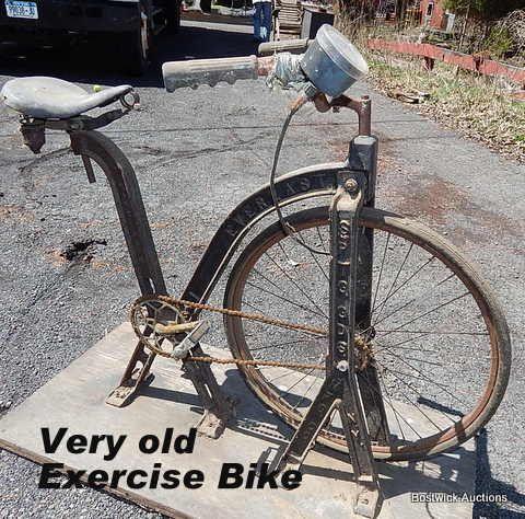 Cast Iron Exercise Bike Everlast Sptg Gds Mfg Co N Y At