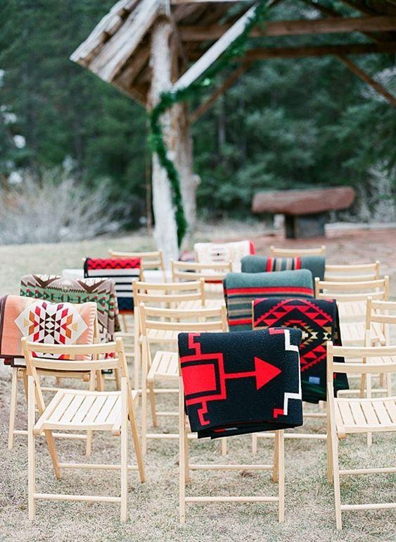 Wedding ceremony guest blankets | Dunton Hot Springs Wedding |Laura Murray-0003