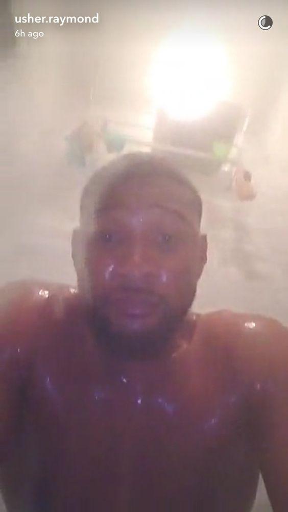 Pin for Later: Usher Se Met Tout Nu Sur Snapchat