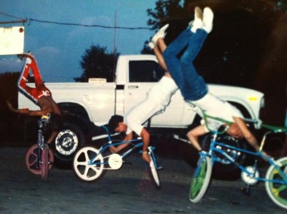 Before rolling tricks there was a lot of posing.
