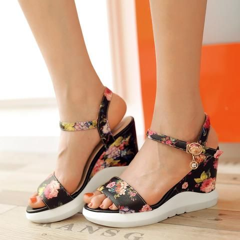 27 Floral Shoes Every Girl Should Try shoes womenshoes footwear shoestrends