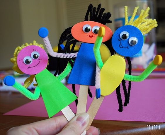 Make Puppets from Craft Foam, Googly Eyes, Wool and Lolly Sticks