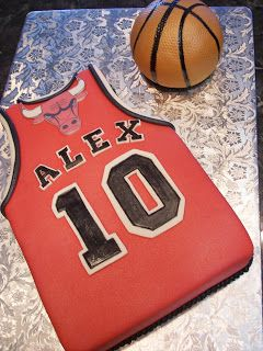 MoniCakes: Chicago Bulls Jersey with Basketball Cake