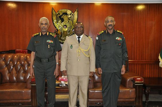 Coopération militaire:  Le chef d'Etat major de l'armée comorienne en visite à Karthoum
