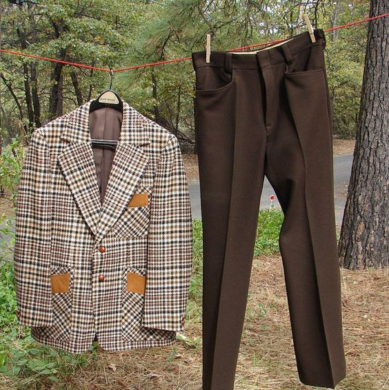 Vintage 1970 Mens Brown Plaid Suit with by NopalitoVintageMore