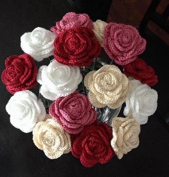 Crochet Flower Bouquet Patterns : Crochet, Roses and Crochet roses on Pinterest