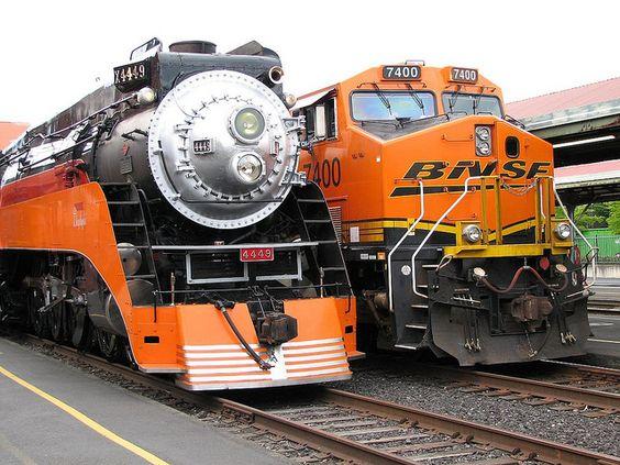 SP 4449 Steam Locomotive, GE ES44AC Diesel Electric Locomotive - http://www.VodkaTrain.eu #train #trainstation #bahnreise #Reise #travel #transsib #transsiberian #russia #russland