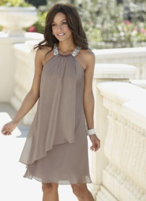 Wow what a beautiful &amp elegant dress!! Wear it to a night on the ...