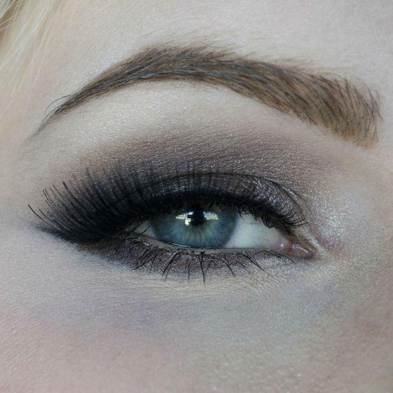 Naked 2 Eye Look - Imgur
