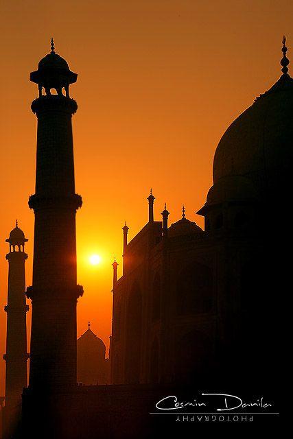 Taj Mahal - Agra, India | Cosmin Danila Photography - I See Beautiful People
