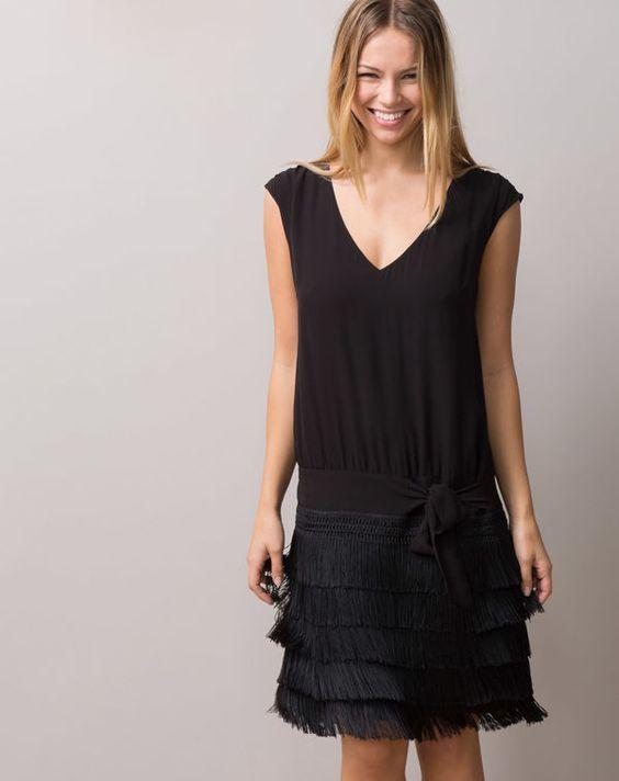 robe noire franges esprit charleston mistinguette noir. Black Bedroom Furniture Sets. Home Design Ideas