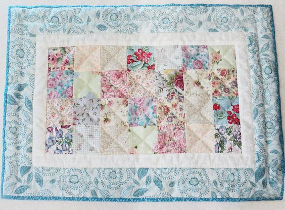 Chic Quilted Patchwork Placemat In Cottage Blue Placemat