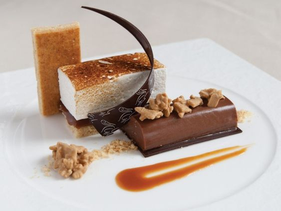 Deconstructed smores at Resort at Pelican Hill / Plus more amazing hotel smores!