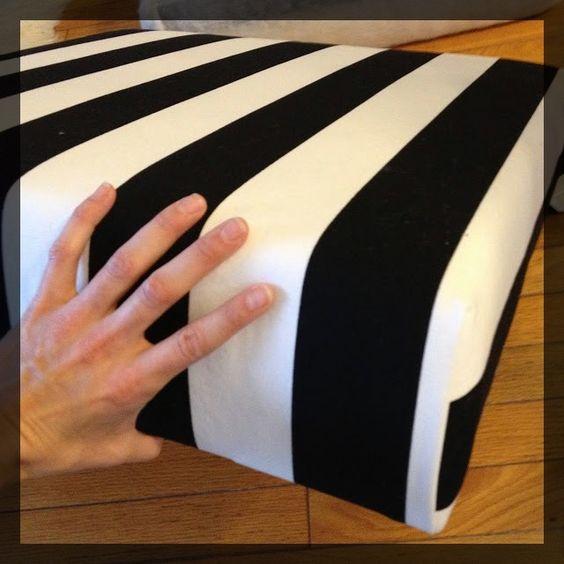 Transformer une table basse IKEA LACK en pouf clemaroundthecorner tutoriel