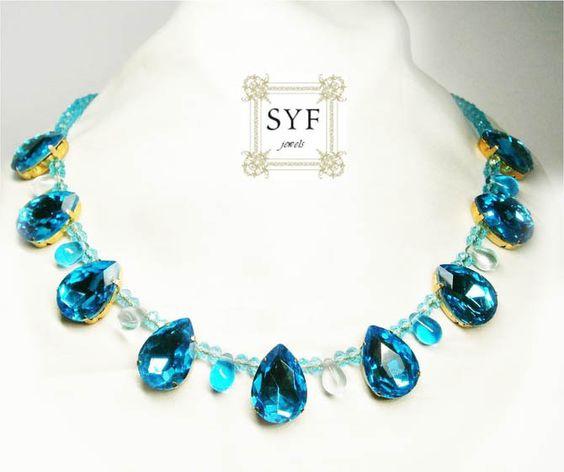 1 Statement Collier blaueTropfenförmige Kristallen von SYF (Sandra Yazdani Farsad) auf DaWanda.com