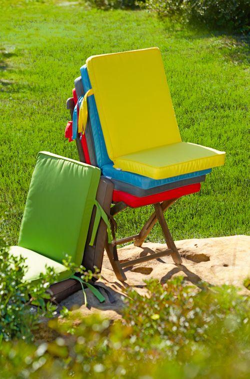 Cojines perfectos para tu jard n o terraza resistentes y - Mobiliario de terraza leroy merlin ...