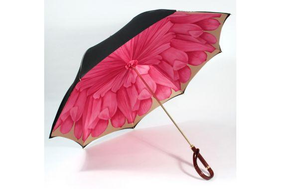 大人の傘は内側が美しい? 高級感あふれるフラワー傘 | roomie(ルーミー)
