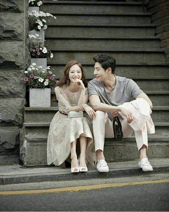 Chụp ảnh cÆ°á»i phong cách Hà n Quá»c #ulzzang #fashion #kieutocnu #tocnudep #nhuomtocmaugidep #hanquoc #koreanhair #hotgirl #couple #korean #vaycuoihanquoc