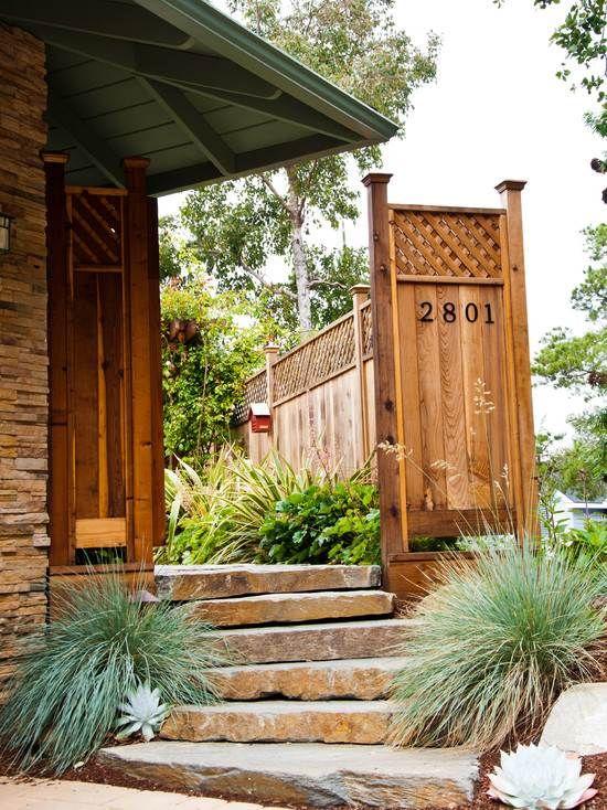 gartenzaun holz steintreppen niedrig pflanzen sichtschutz, Garten und Bauen
