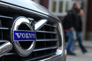 Le constructeur suédois de poids lourds Volvo a annoncé samedi une alliance avec le chinois Dongfeng qui selon lui formera le numéro un mondial des poids lourds....