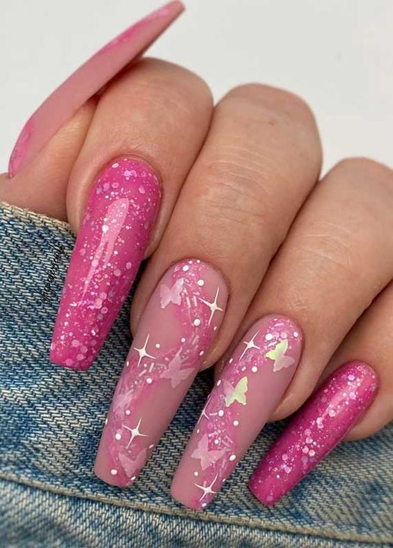 We're heading to Spring and warmer weather just around the corner. It's time to change your nails look. Spring is a season of blooming...