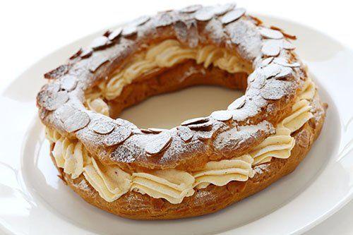 París-Brest con Crema de Avellanas Te enseñamos a cocinar recetas fáciles cómo la receta de París-Brest con Crema de Avellanas y muchas otras recetas de cocina..